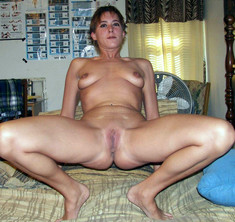 Hot user-submitted porn photos from..