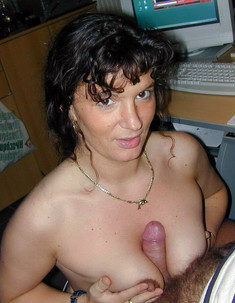 These busty amateur girlfriends make..
