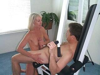mom tudung pussy pic