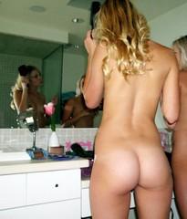 naked young schoolgirls amateur