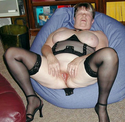 Sexy large mature women